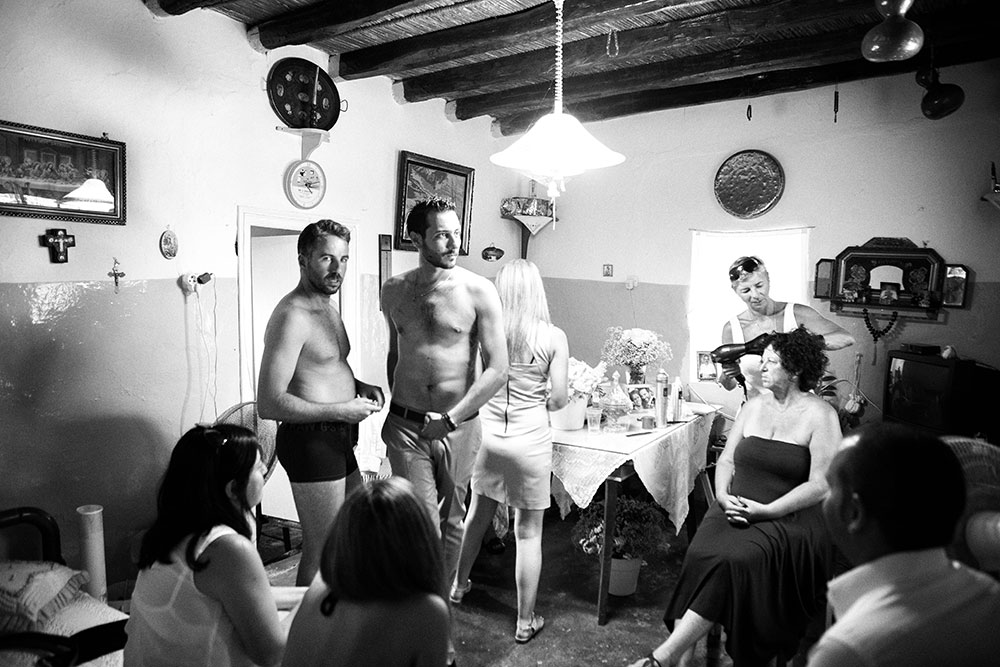 Wedding in Milos