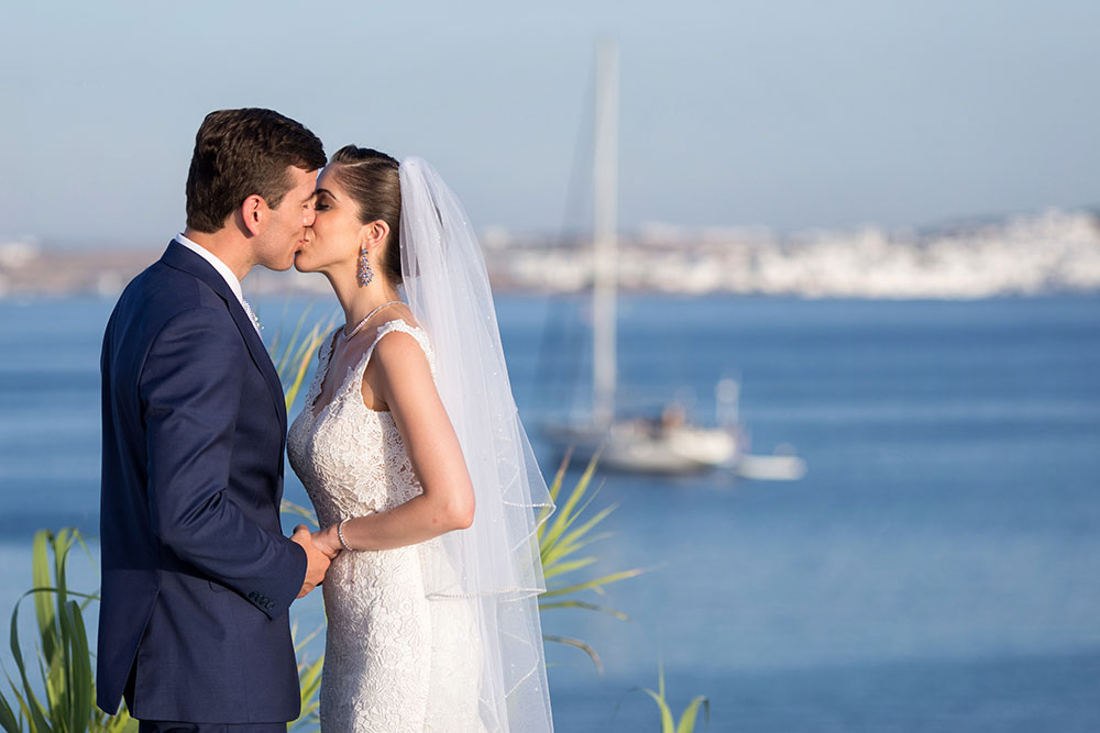 Glamorous Wedding in Paros