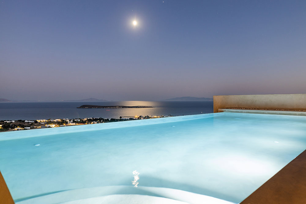 Holidays Villa in Paros